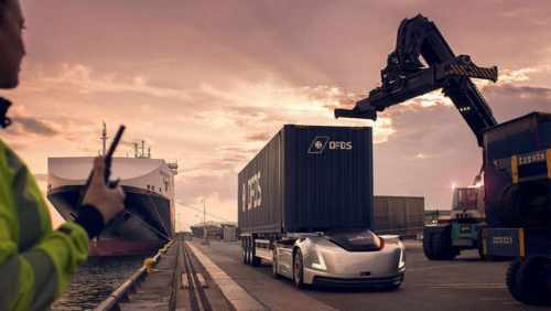 Moving goods in Swedish ports with their Volvo Trucks + videos